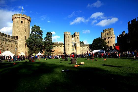 2014 Warwick Castle 272.JPG